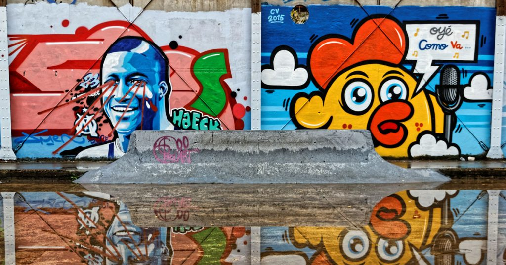 Balade à vélo dans les rues de Bordeaux, le parfait combo pour admirer l'art de rue